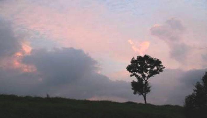 通信8月号雲の写真